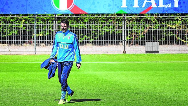 Buffon: «Morata no sabe lo bueno que es»