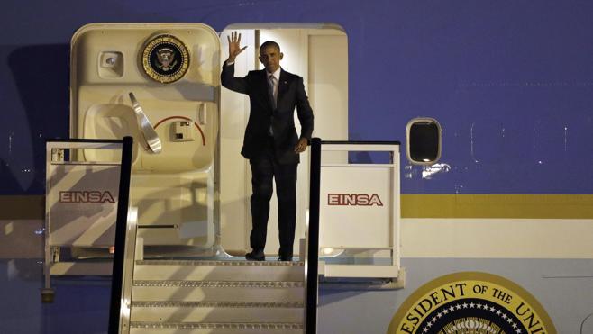 Obama aterriza en España para una visita exprés