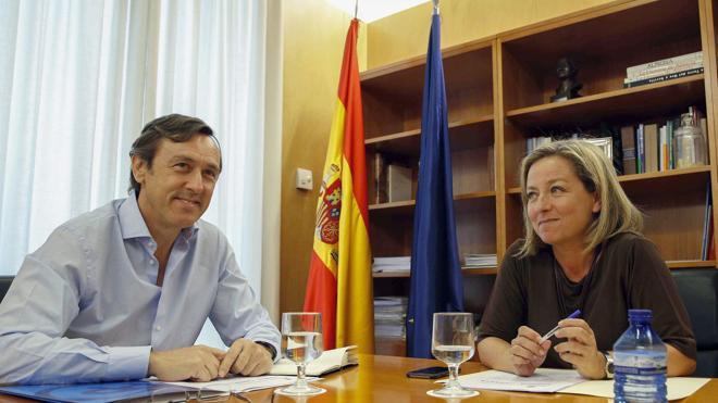 Coalición Canaria traslada al PP sus condiciones para dar su apoyo a Rajoy