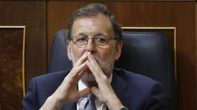 El Gobierno alerta al PSOE del «coste» de no poder presentar los Presupuestos