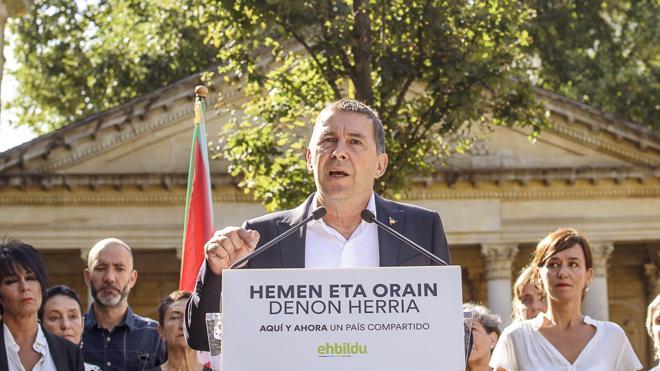 Otegi propone «un gran acuerdo de país» entre PNV, Podemos y EH Bildu