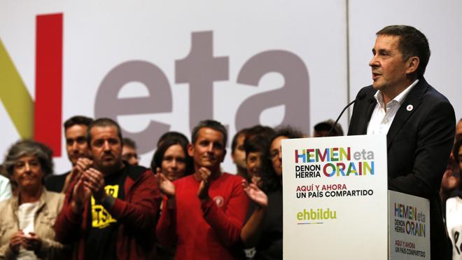 Otegi: «Existe un cachito de paz porque lo ha traído izquierda independentista»