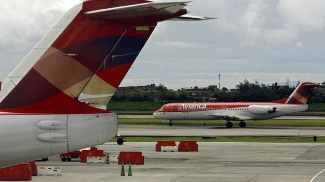 Avianca reanuda los vuelos a Caracas al aclararse el incidente del avión