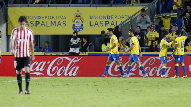 Las Palmas impone su fútbol ante el Athletic