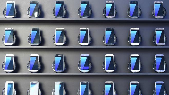 Samsung también eliminará los auriculares convencionales