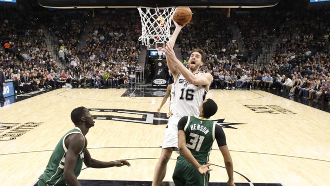 Discretos partidos de Pau Gasol y Calderón en las derrotas de los Spurs y los Lakers