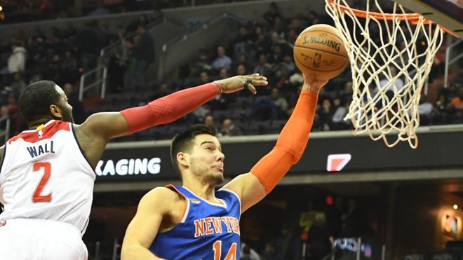 Willy Hernangómez logra un 'doble-doble' que no salva a los Knicks