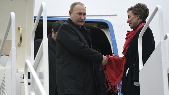 Putin viaja a Hungría para instar a Orbán a levantar las sanciones