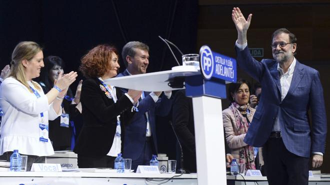 Rajoy cuenta con «175 votos y medio» para ver cerca la aprobación de los presupuestos