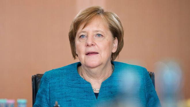Merkel recupera popularidad frente al socialdemócrata Schulz