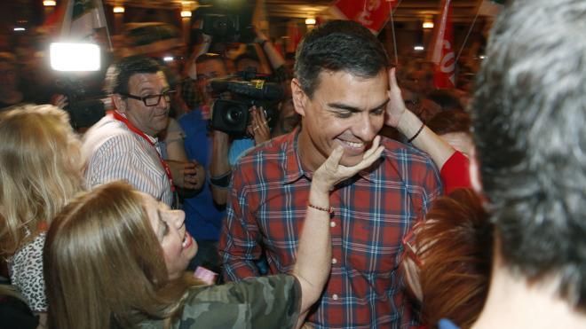 Pedro Sánchez augura «el nacimiento de un nuevo PSOE»