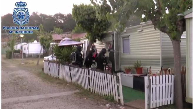 Detenidos tres presuntos yihadistas en Badalona, Salou y Tánger