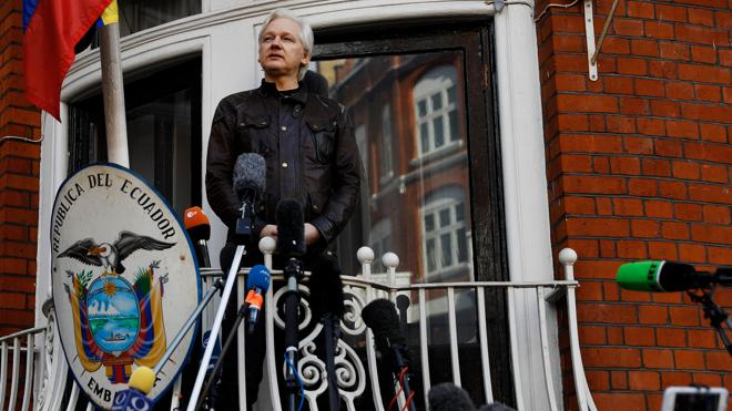 Assange: «Es una victoria importante, pero la guerra acaba de comenzar»