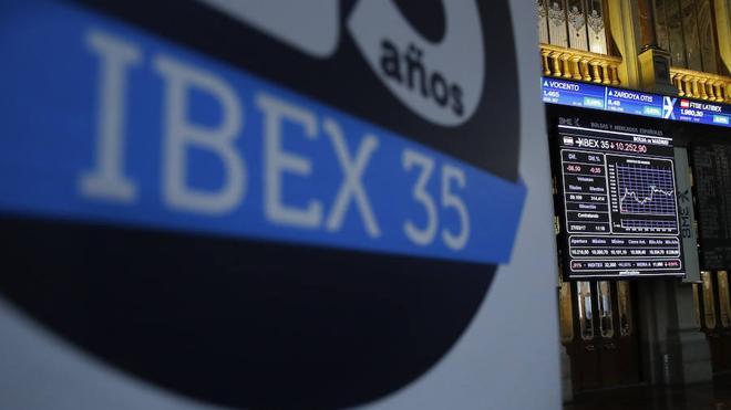 El Ibex-35 esquiva las pérdidas pese a la presión del Popular