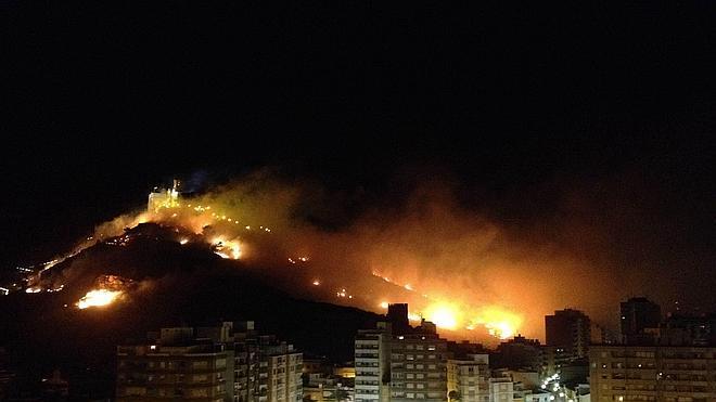 El alcalde de Cullera pide disculpas por el incendio