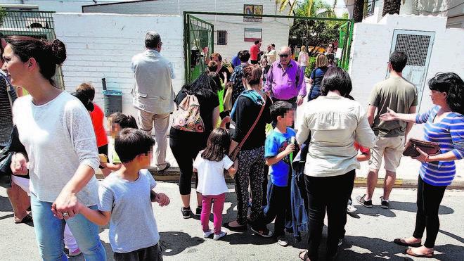 La mitad de los menores que comen en el colegio de Rafelbunyol se quedan en casa