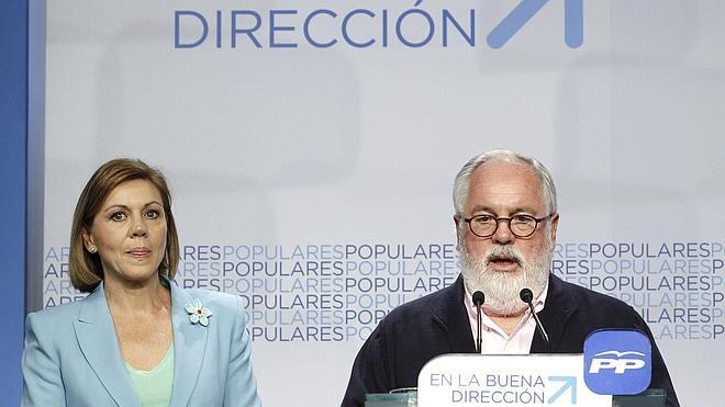 El PP incrementa en dos décimas su ventaja sobre el PSOE en intención de voto
