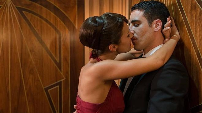 'Velvet' acaba con boda y la llegada de Ángela Molina
