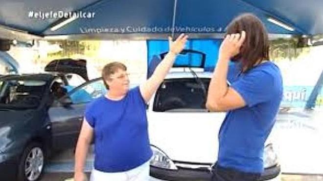 'El jefe infiltrado' de una empresa de limpieza de vehículos, pillado por una de sus empleadas