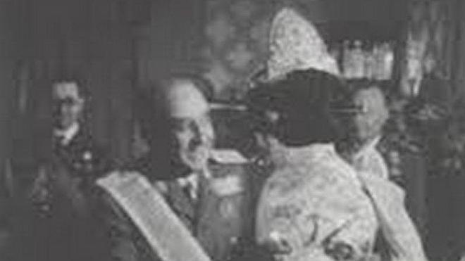 Las Fallas retiran a Franco su máxima distinción, el 'bunyol de brillants'