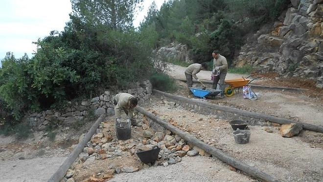 Impulsan actuaciones de mejora en el Camí de la Colònia y el acceso a la Cova Tallada