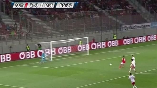 David Alaba marca el gol más absurdo de los últimos años