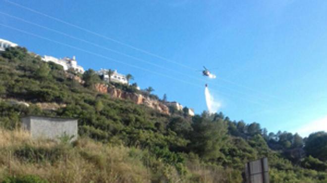 Una quema descontrolada causa un incendio en el Montgó