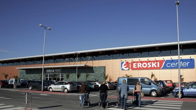 Eroski y sus clientes donan 36 toneladas de alimentos para familias necesitadas de la Comunitat Valenciana
