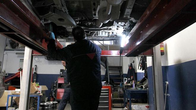 La Guardia Civil detecta 791 infracciones en talleres mecánicos valencianos