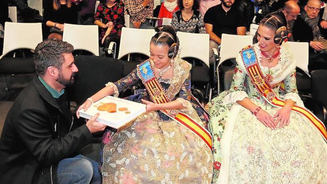 Fuset crea un concurso para evitar los poemas de Lo Rat Penat en el libro fallero