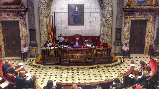 PP y Ciudadanos recogerán firmas para que el nombre de Valencia sea también en castellano