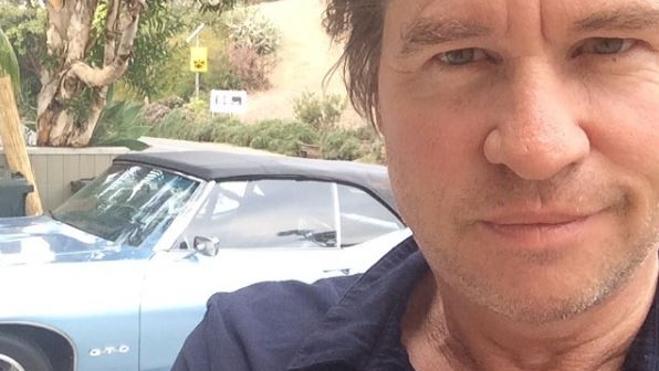 Michael Douglas habla del cáncer de garganta de Val Kilmer: «No pinta demasiado bien»