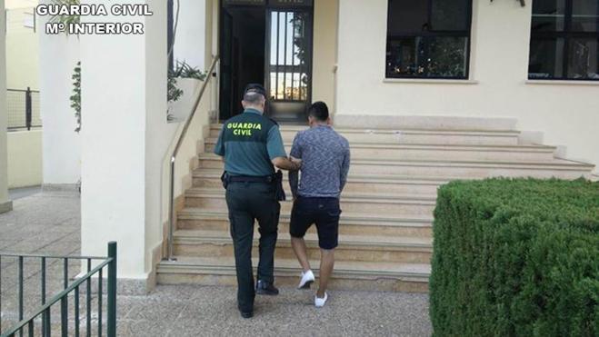La Guardia Civil detiene a dos violadores en Altea y Calpe