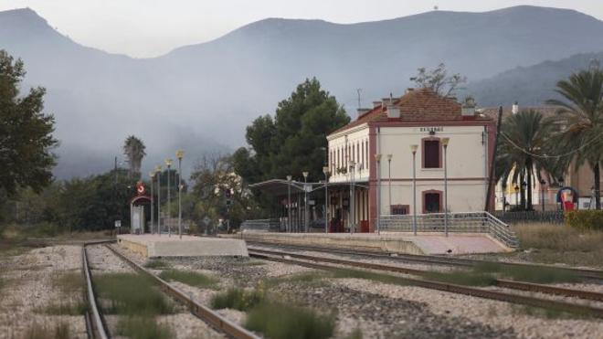 El mal estado de la vía obliga a cortar el tren de Valencia a Teruel por obras dos semanas