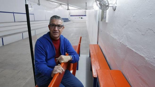 Paco Durá: «Los valencianos que han tenido poder nunca se han creído la pilota»