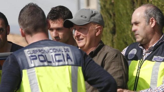 La Policía cree que Paco Sanz, el valenciano de los 2.000 tumores, no tiene una enfermedad grave