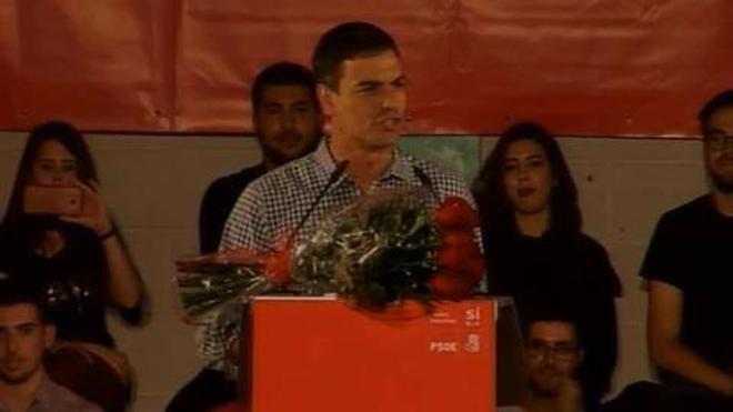 Pedro Sánchez defiende en la Comunitat «el nacimiento de un nuevo PSOE, no el de cuatro o cinco»