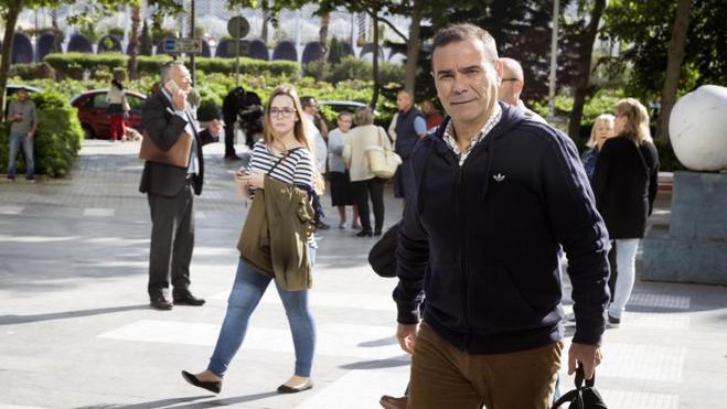 Ana María Ríos y Leonor Moreno aseguran que fueron «enchufadas» en Emarsa por Enrique Crespo
