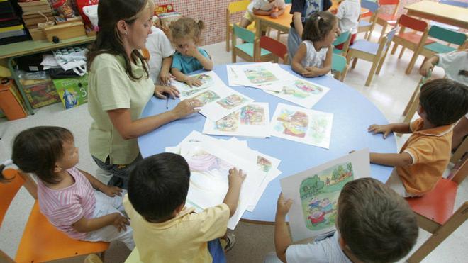 La Generalitat Valenciana contratará 996 auxiliares nativos para reforzar el inglés oral en colegios públicos