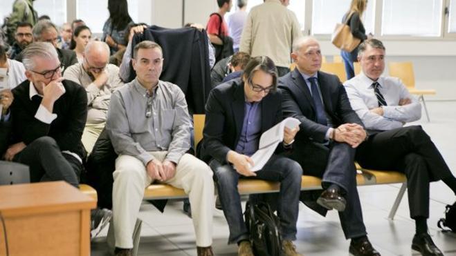 Archivan la querella al alcalde de Albal por pagar la acusación en Emarsa con dinero público