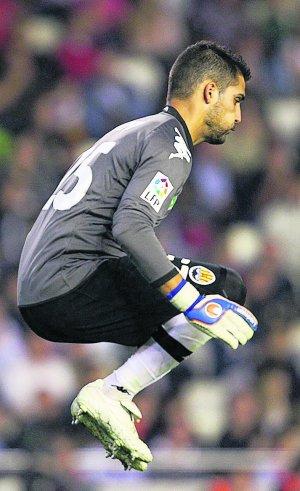 El Málaga quiere a Moyà tras la lesión de Asenjo